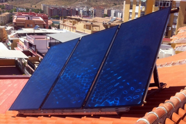 Instalación de sistema solar térmico en Madrid